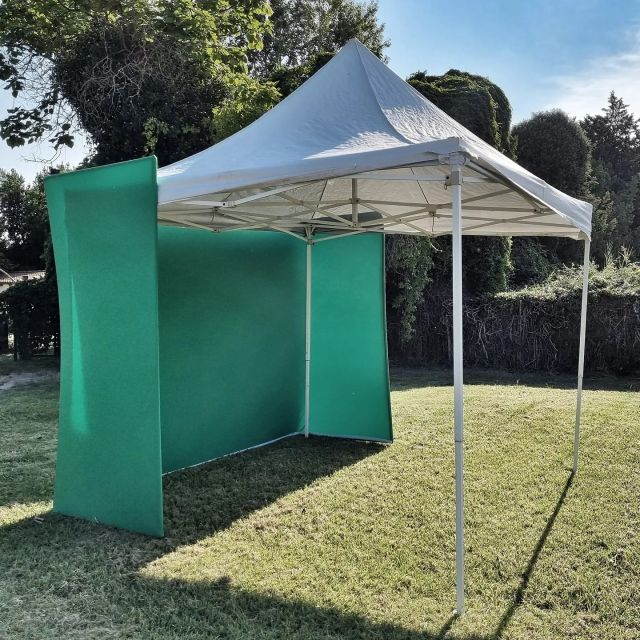 Photocall  fond vert en préparation  Welcome party #selfietruss #photobooth  # photocall  #Welcomeparty